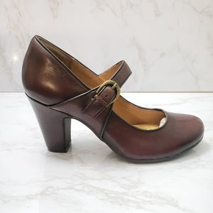 Sofft Leather Mary Jane Shoes Size 6